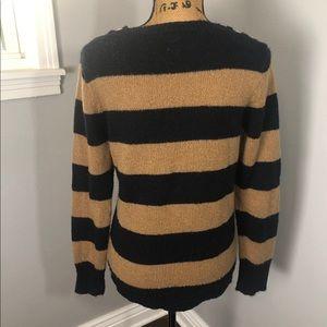 J. Crew Sweaters - J CREWW THREE BUTTON SWEATER